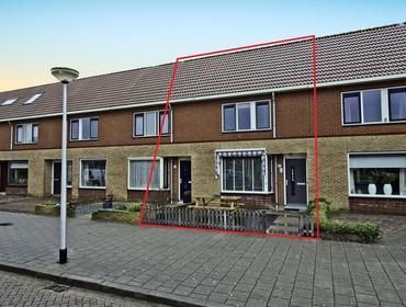 Roerdomp 63 in Spanbroek 1715 HK