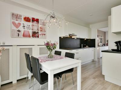 Peter Van Anrooystraat 14 in Deventer 7425 GV