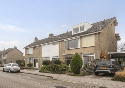 Sportlaan 24 in Oud-Beijerland 3261 AV