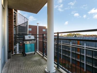 Jan De Louterstraat 58 in Amsterdam 1063 KX
