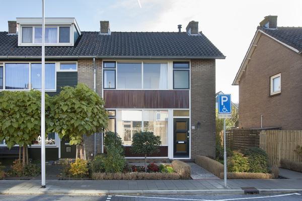 Doctor Abraham Kuyperstraat 22 in Moordrecht 2841 CJ