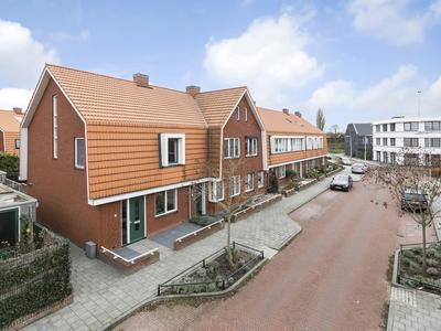 Thom Thomassenstraat 1 in Deventer 7416 CG