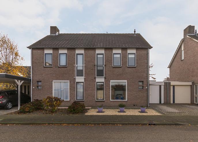 Dennelaar 57 in Veghel 5467 JL