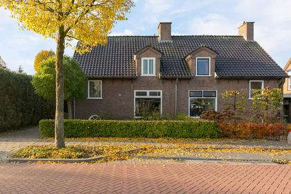 Pastoor Versteegstraat 18 in Angeren 6687 AJ