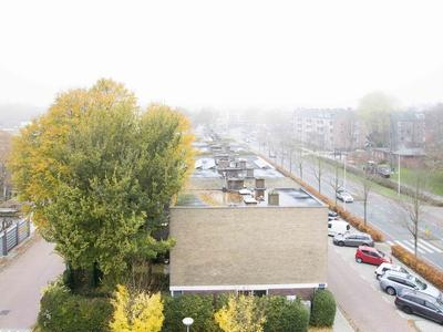 Van Boshuizenstraat 633 in Amsterdam 1082 AX