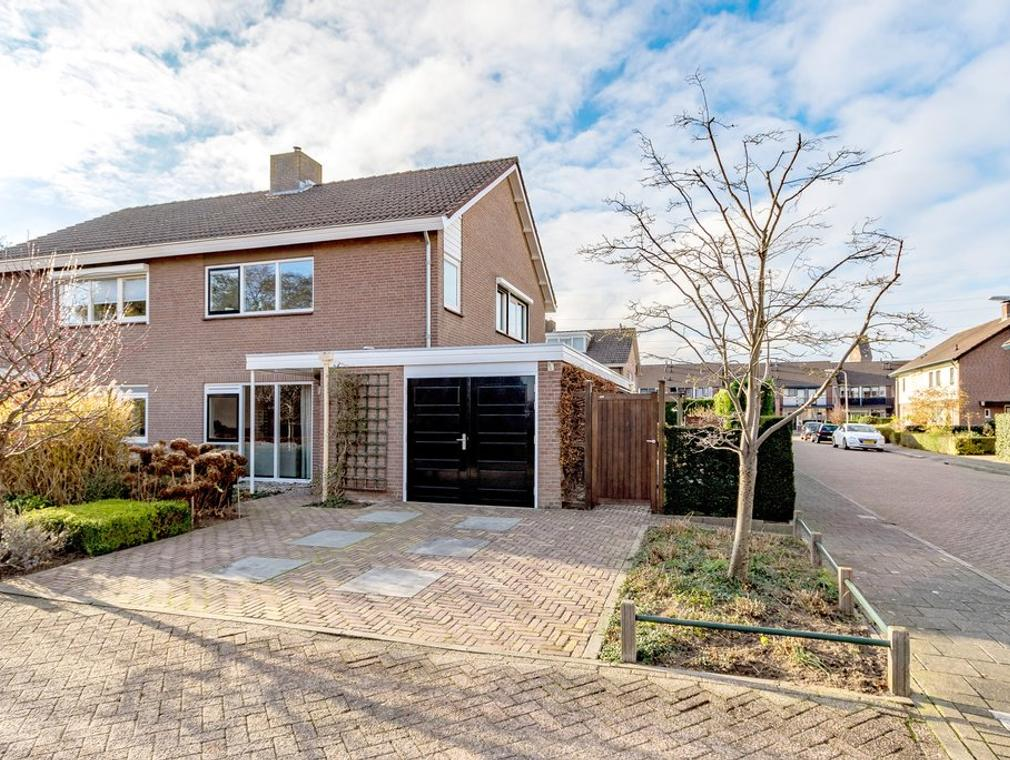 De Onderijen 10 in Oosterhout 6678 BS