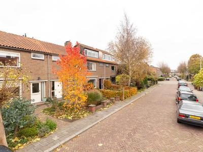 Graaf Janlaan 56 in Hillegom 2181 TM