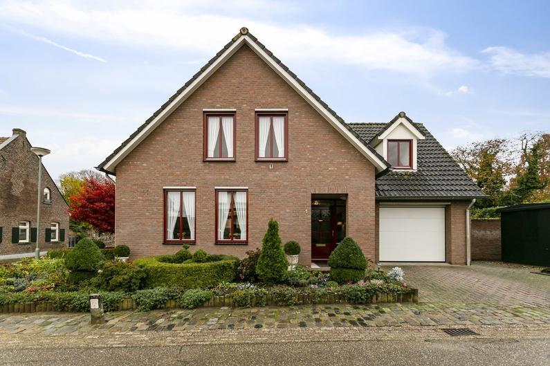 Veldstraat 1 in Sint Odilienberg 6077 NG