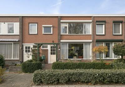 Goudenregenstraat 8 in Drunen 5151 XP