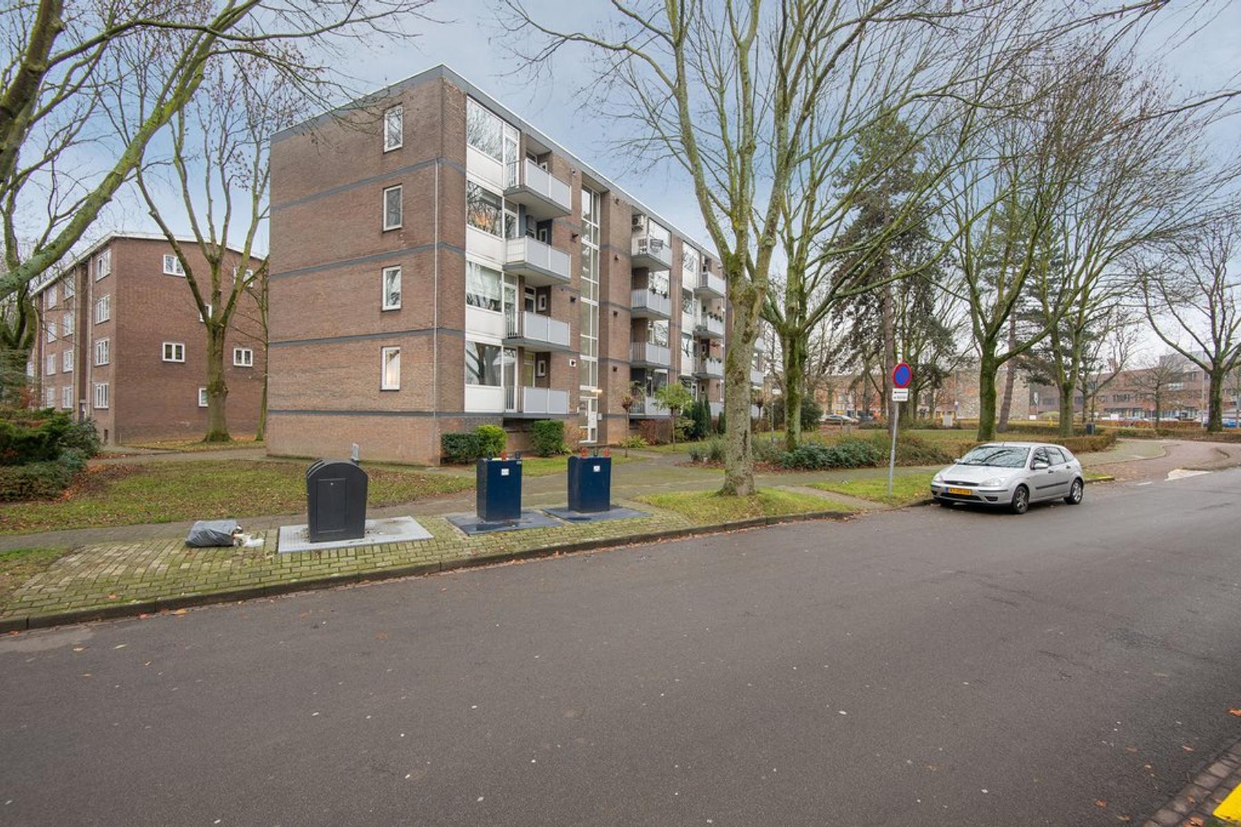 Vermeerstraat 53 in Geleen 6165 AJ