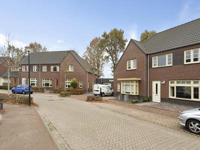 Maasakker 25 in Hooge Mierde 5095 DE