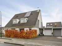 Maaslaan 123 in Helmond 5704 LC