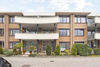 Hoefbladstraat 31 in Nieuw-Vennep 2153 EX