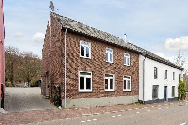 Dorpsstraat 16 in Slenaken 6277 NE