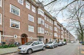 Van Tuyll Van Serooskerkenweg 25 3 in Amsterdam 1076 JB
