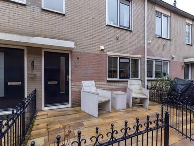 Popkensburg 18 in Hillegom 2181 LD
