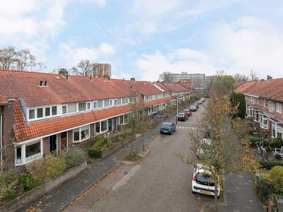 Pieter De Hooghstraat 11 in Leeuwarden 8932 LX