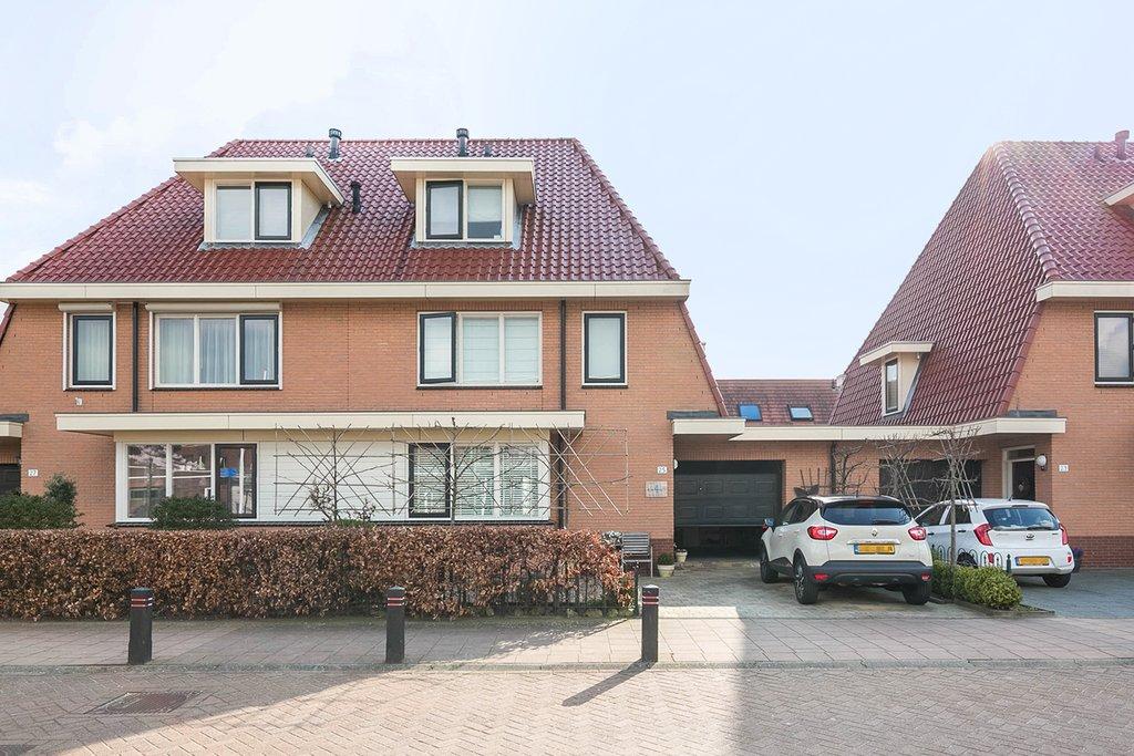 riederhof 25 in barendrecht 2993 xj woonhuis te koop remax makelaarsgroep