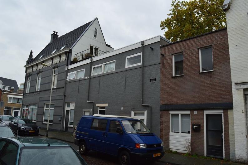 Kolfbaanstraat 1 B in Breda 4814 CJ