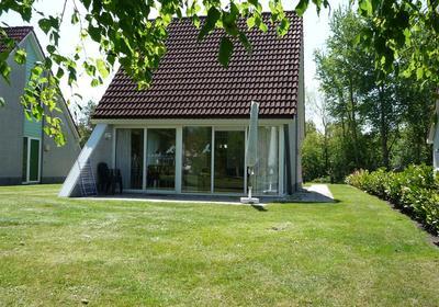 Paviljoenweg 2 -64 in Wedde 9698 XX