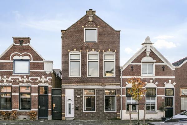 Arnold Hoogvlietstraat 27 in Vlaardingen 3134 CA