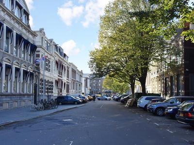 Burgemeester Patijnlaan 232 in 'S-Gravenhage 2585 BP