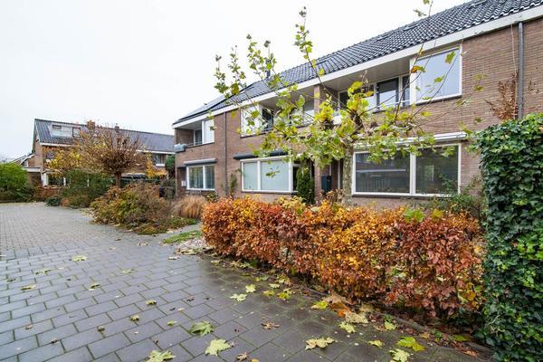 Bloeme 25 in Reeuwijk 2811 AN