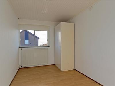 Karveel 15 22 in Lelystad 8231 AX
