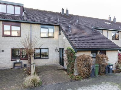 Bleker 13 in Nieuw-Vennep 2152 AR