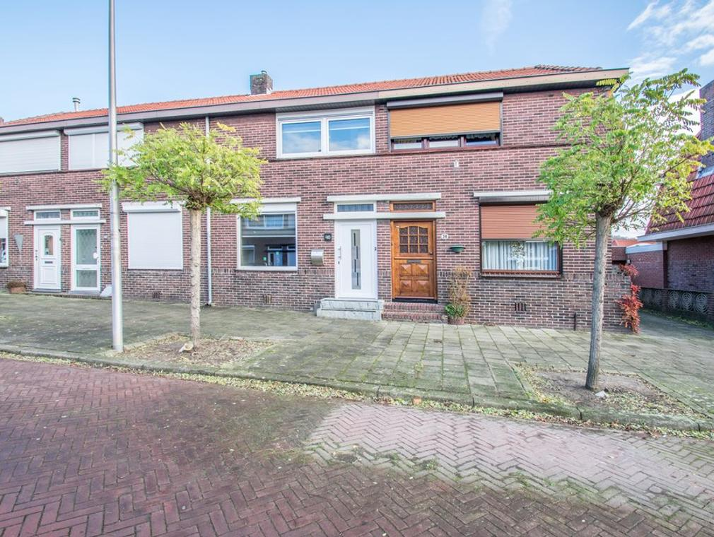 Reestraat 40 in Heerlen 6414 CG