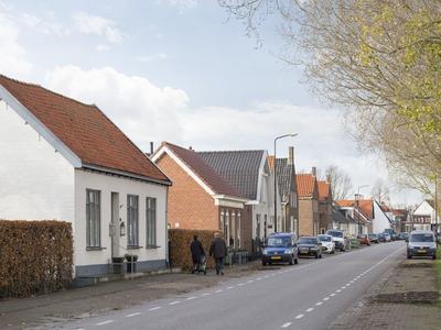 Kadedijk 70 in Fijnaart 4793 GD
