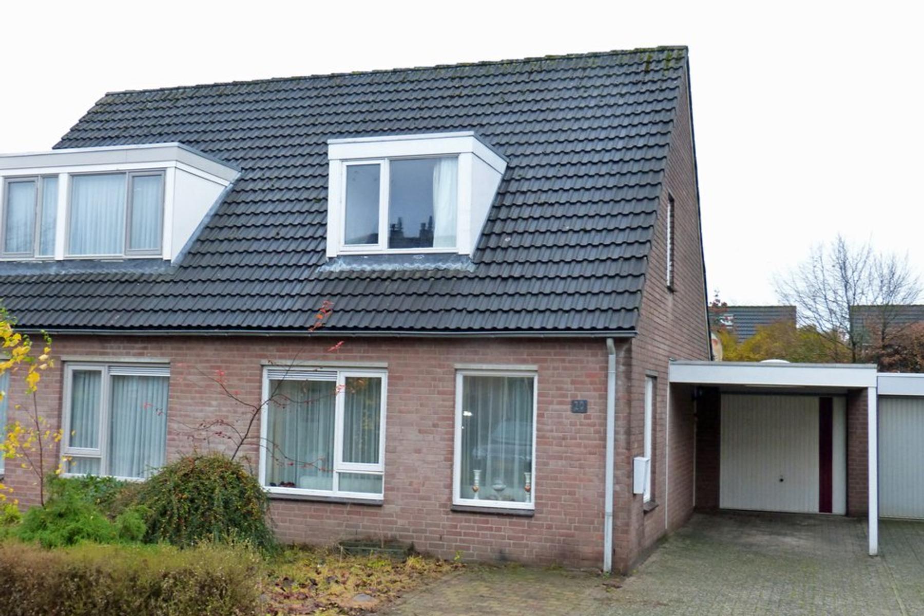 Ooievaarshorst 20 in Grave 5361 TT