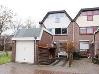 Esdoornhof 121 in Kampen 8266 GD