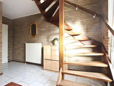 Poppestraat 1 in St. Willebrord 4711 JP