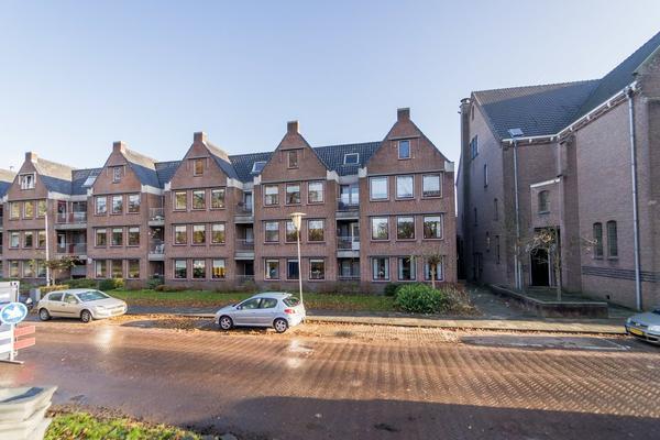 3E Ebbingestraat 2 in Kampen 8261 VP