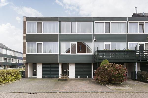 Laurierstraat 19 in Apeldoorn 7322 RB
