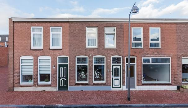 President Krugerstraat 27 in IJmuiden 1975 ED