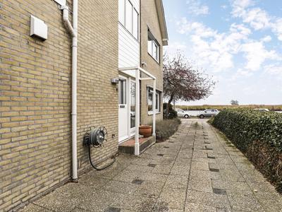 Leimuiderdijk 297 in Burgerveen 2154 MR