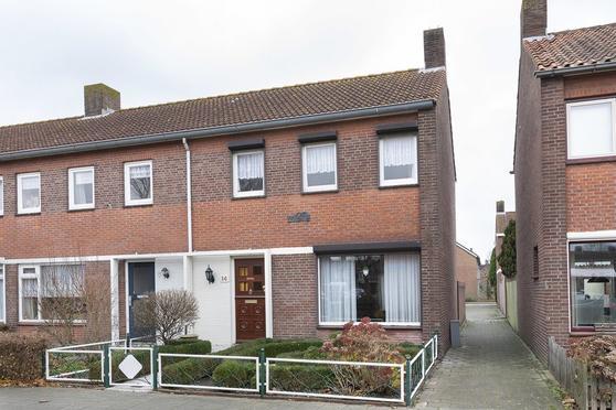 Van Glymesstraat 14 in Zevenbergen 4761 JV