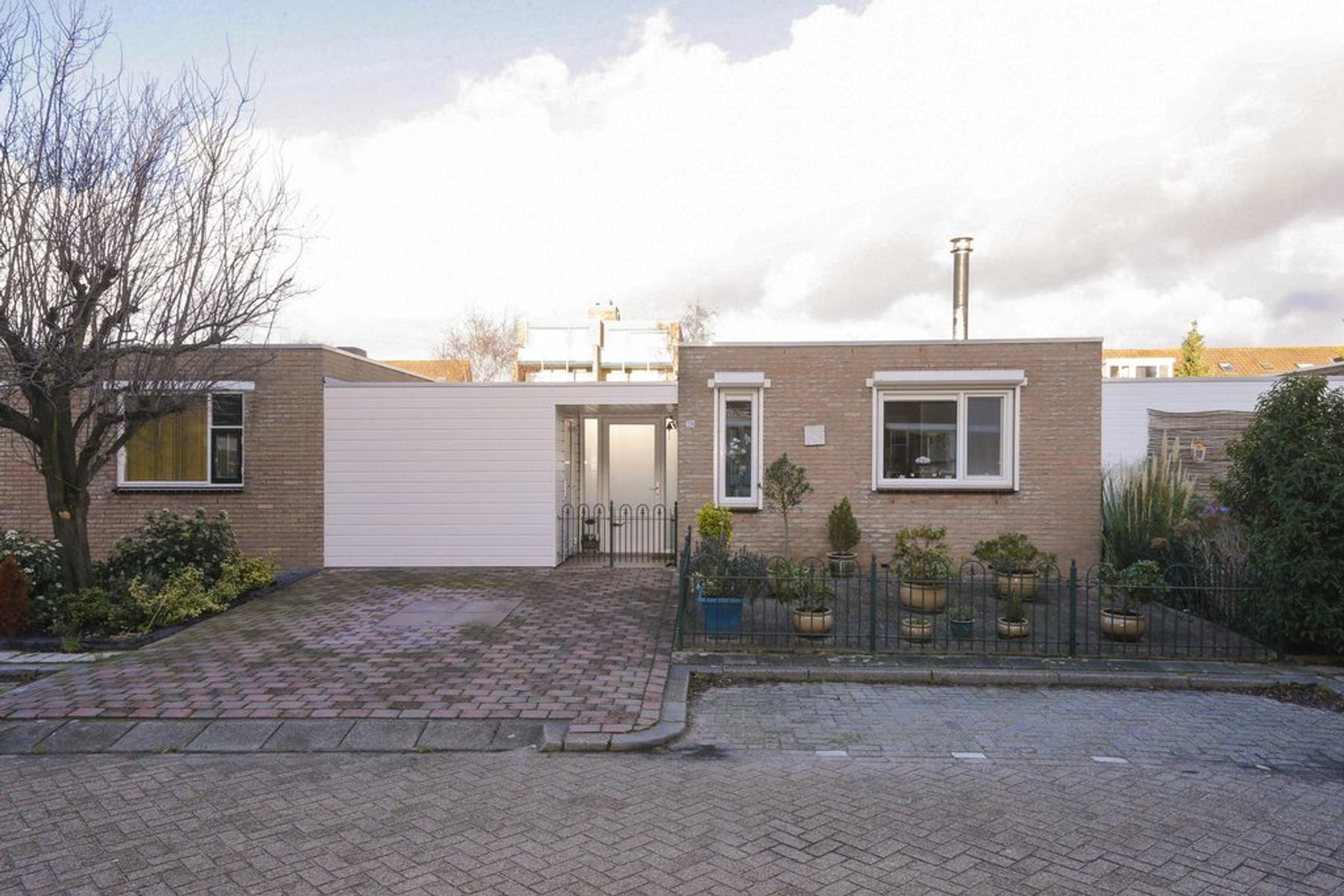Heelmeesterstraat 28 in Schiedam 3123 EG