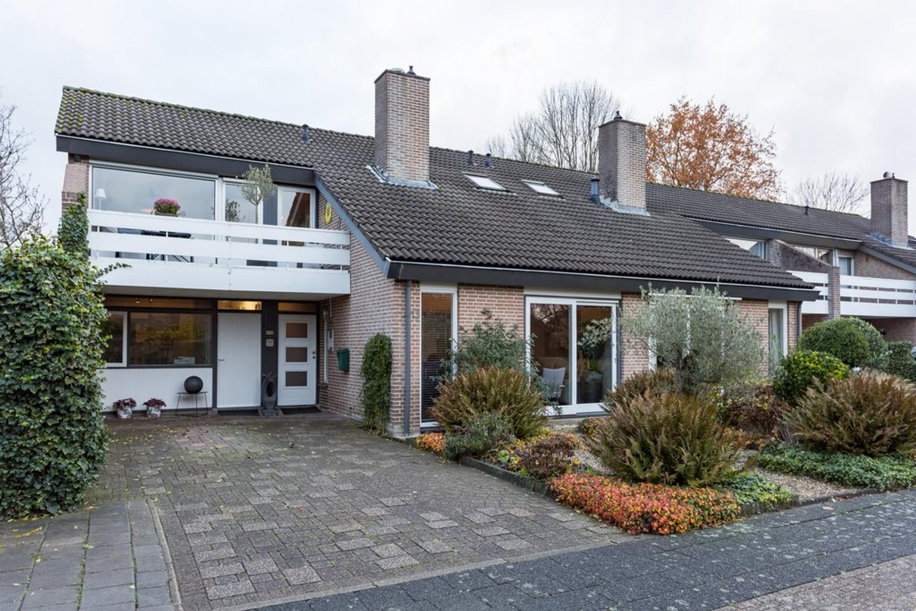 Vriesdonk 13 in Oosterhout 4907 XR