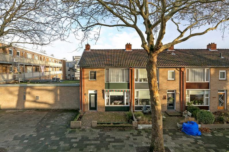 De Ruyterweg 112 in Leeuwarden 8921 KM