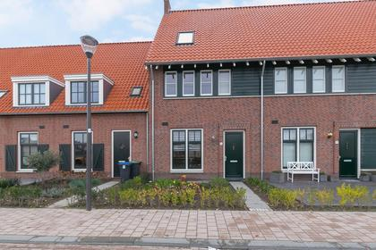 Schrijvershoeve 10 in Helmond 5708 SB