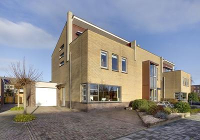 Ruisvoorn 6 in Hoogeveen 7908 VE
