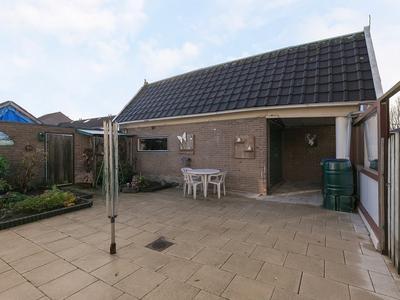 Jan Van Nassauplein 2 in Nieuw-Lekkerland 2957 AS