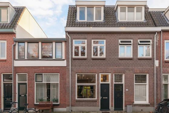 Zandhofsestraat 143 in Utrecht 3572 GE