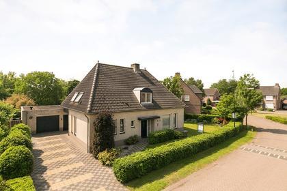 Haakakker 72 in Veghel 5466 NA