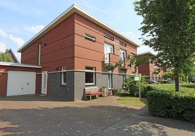 Josinahof 13 in Breukelen 3621 GC