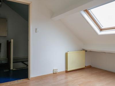 Rode Klaver 19 in Sneek 8607 EH