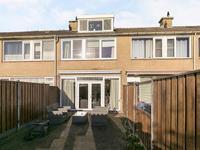Beverveen 454 in Spijkenisse 3205 AN